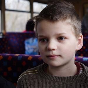 Šimonek ve vlaku.