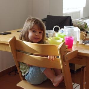 Snídaně s holčičkou.