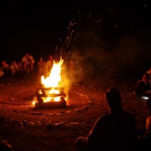 Závěrečný oheň.